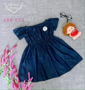 AXB 014 (Váy demin trể vai cho bé)